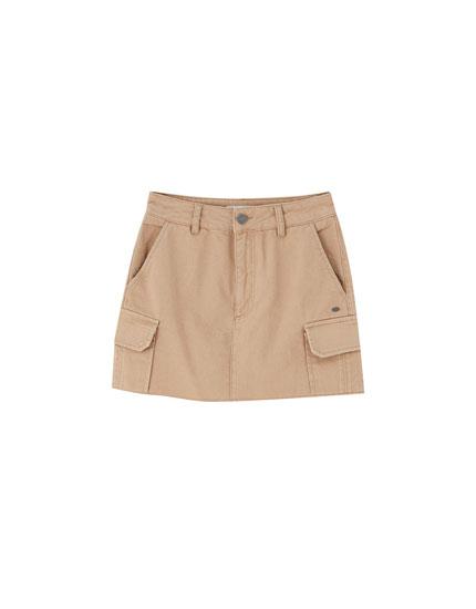 Minifalda cargo ocre