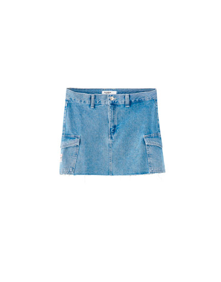 Denim mini skirt with cargo pockets