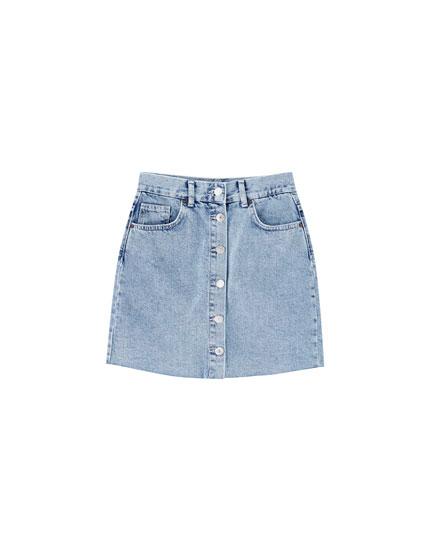 Jeansowa spódnica mini z guzikami