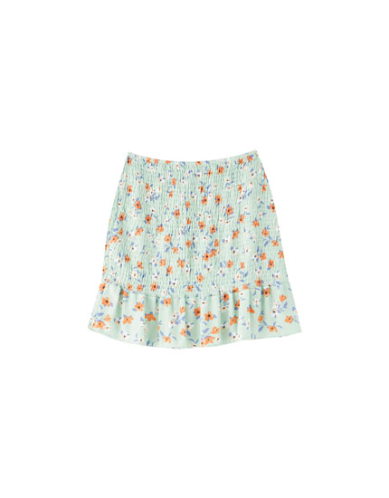 49815ac550 Discover the latest in Women's Trendy Skirts | PULL&BEAR