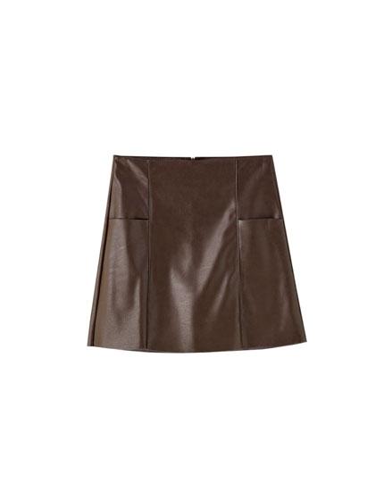 Μίνι φούστα basic με όψη δέρματος