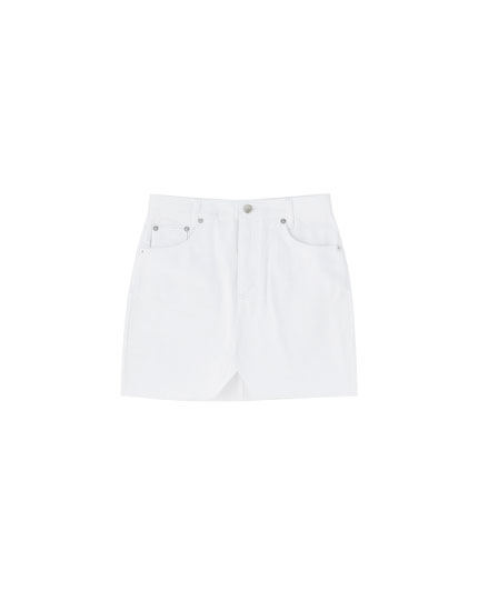 Fitted white denim mini skirt