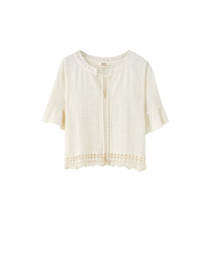 Lace-trimmed rustic shirt