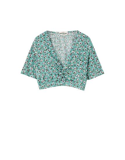 Bluse mit Blumenprint und Raffung auf Brusthöhe