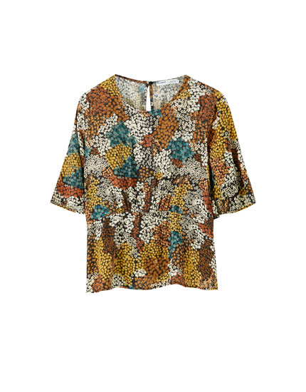 Floral print shirt with bell sleeves