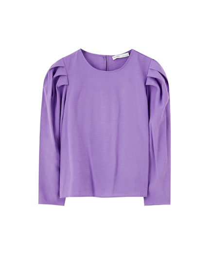 Purple puff sleeve T-shirt