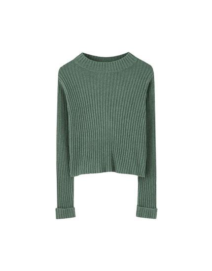 Regular fit ribbed sweater