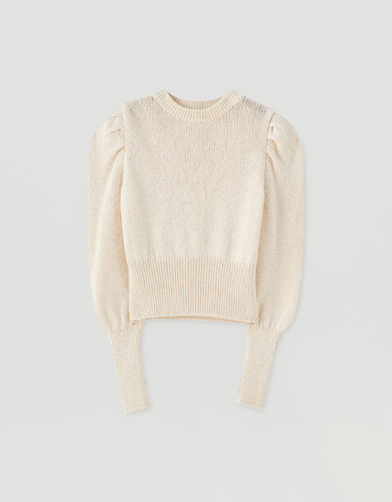 Short sweater with puff sleeves