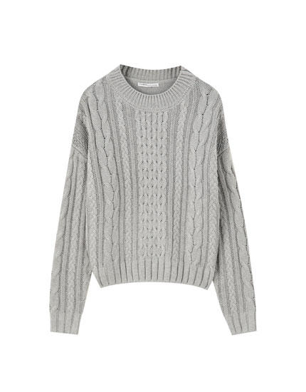 Regular fit cable-knit sweater