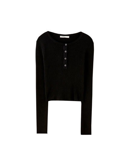 Ribbed sweater with button detail