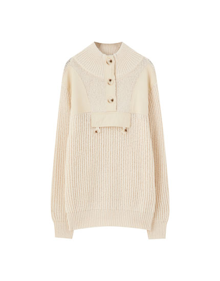 Contrast utility sweater with buttons