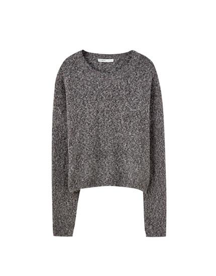 Μαύρο πουλόβερ με στριφτό νήμα