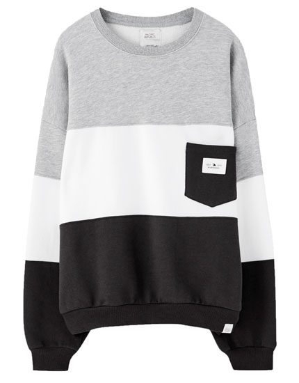 Sweatshirt com color block e bolso