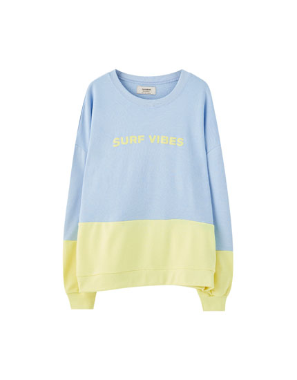 Colour block sweatshirt with front slogan