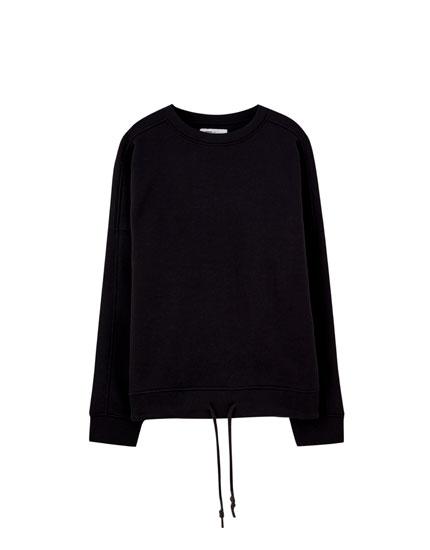 Oversize drawstring sweatshirt