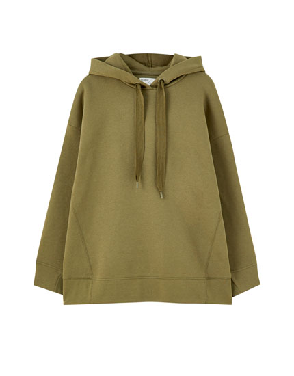 Farklı renklerde oversize kapüşonlu sweatshirt