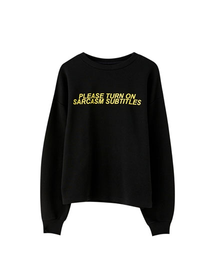 Sweatshirt with contrast slogan