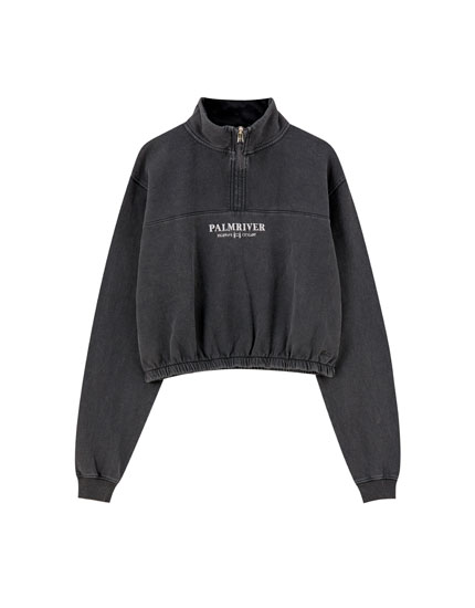 Black sweatshirt with chest embroidery