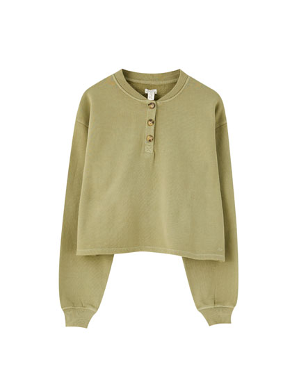 Khaki sweatshirt with buttons