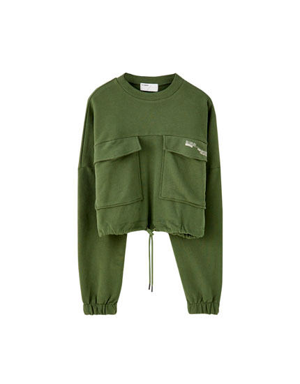 Khaki sweatshirt with flap pockets