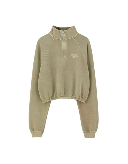 "Khaki sweatshirt with ""Lostport"" embroidery"