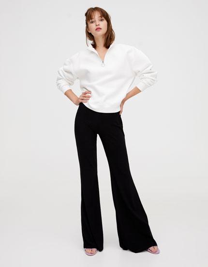 Pantalon basique évasé