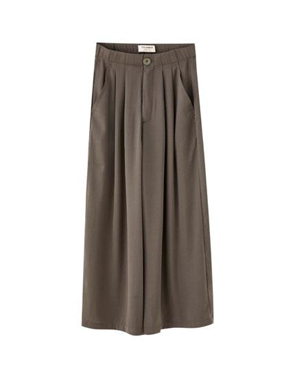Pantalón culotte satén