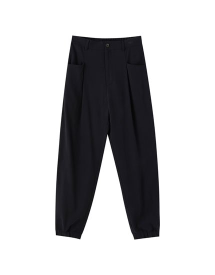 Plain trousers with darts