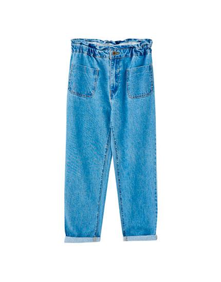 Jeans gaucho bolsillos plastrón