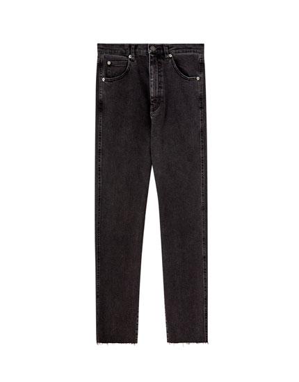 Jeans slim mom décontracté couleur