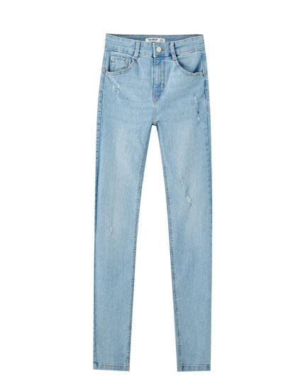 Jeans push up básicos