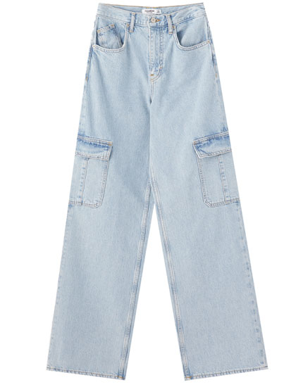 High waist cargo jeans with pockets