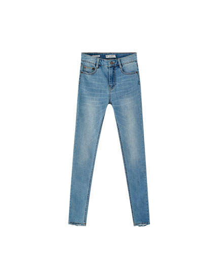 Jean skinny fit taille moyenne