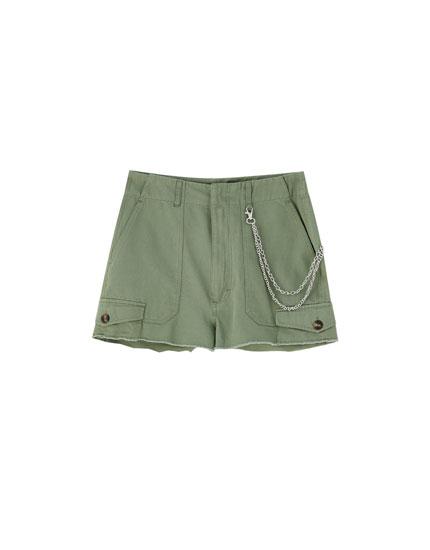 Shorts cargo cadena