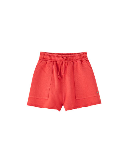 Cargo sports shorts with pockets