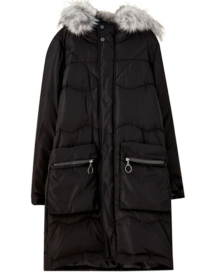 Puffer coat with faux fur hood trim