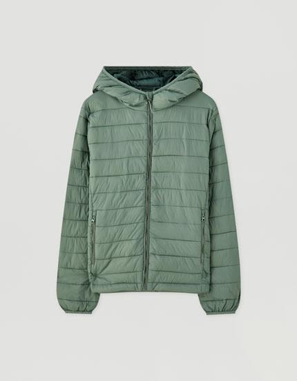 Basic vatteret jakke i nylon
