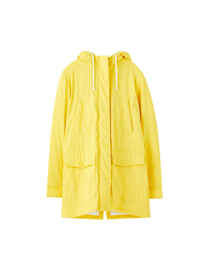 Basic raincoat with a faux fur lining