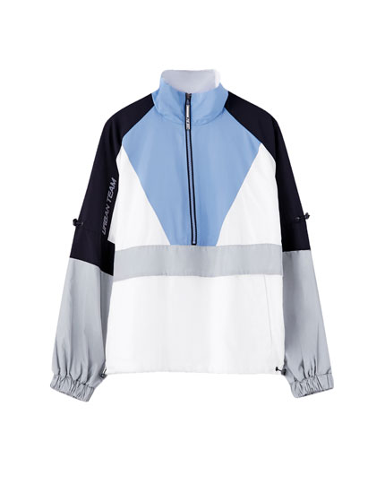 Colour block jacket with a pouch pocket