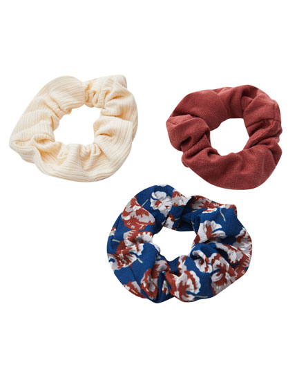 3-pack of ribbed and floral print scrunchies