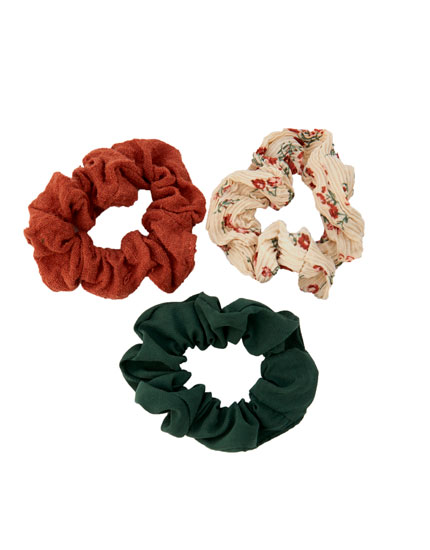 3-pack of colourful floral scrunchies