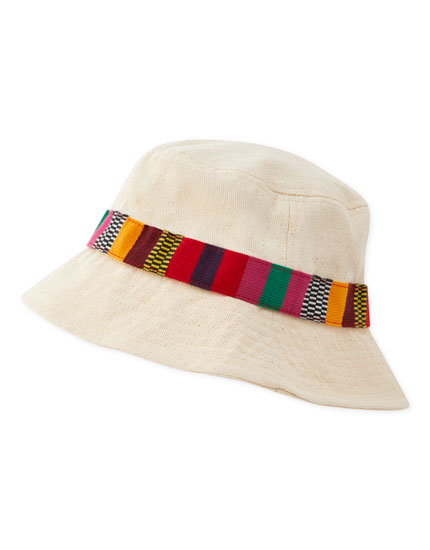 Ecru bucket hat with band