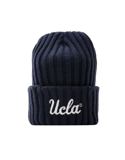 Bonnet UCLA by Pull&Bear