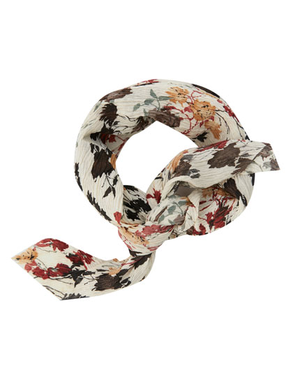 Pleated floral bandanna-style scarf