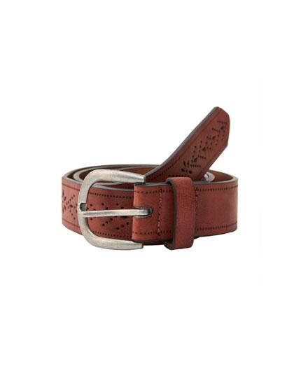 Cutwork faux leather belt
