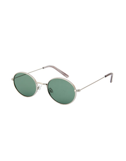 Oval sunglasses with silver frame