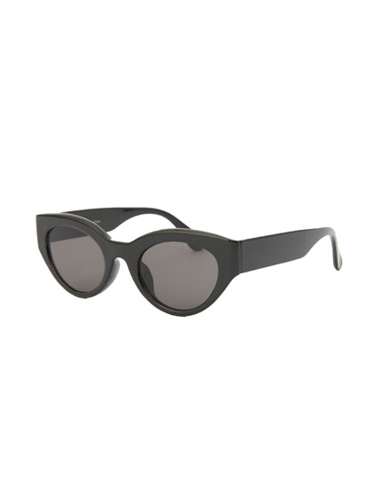Oval resin wide-temple sunglasses