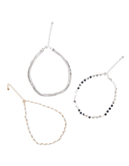 3-pack of faux pearl and heart choker necklaces