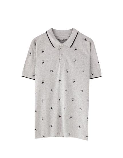 Camisa polo em piqué com estampado em contraste