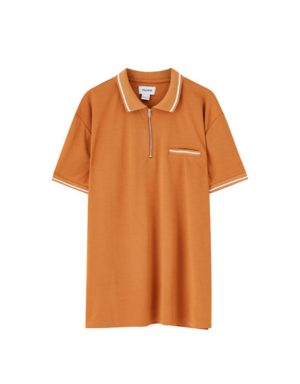 Short sleeve zipped polo shirt